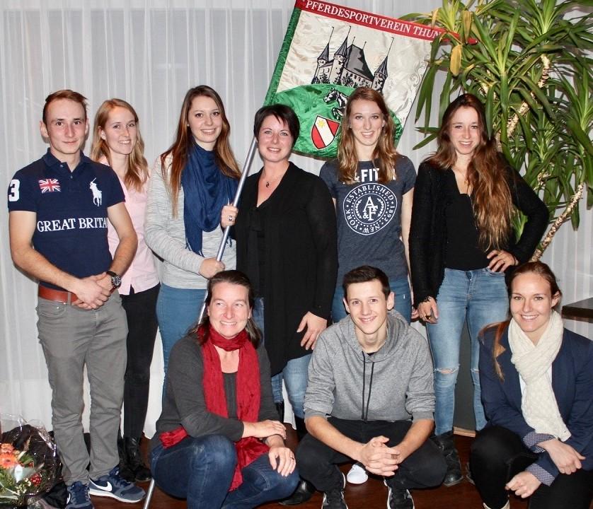 Von links: Luca Hutzli, Sarah Bühlmann, Lea Spring, Tamara Bachmann, Pascale Messerli, Jeanne Hunziker Kniend: Ursula Blumenthal, David Bruni, Janine Knutti (es fehlt Laura Vignale)