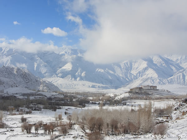 winter trekking in ladakh