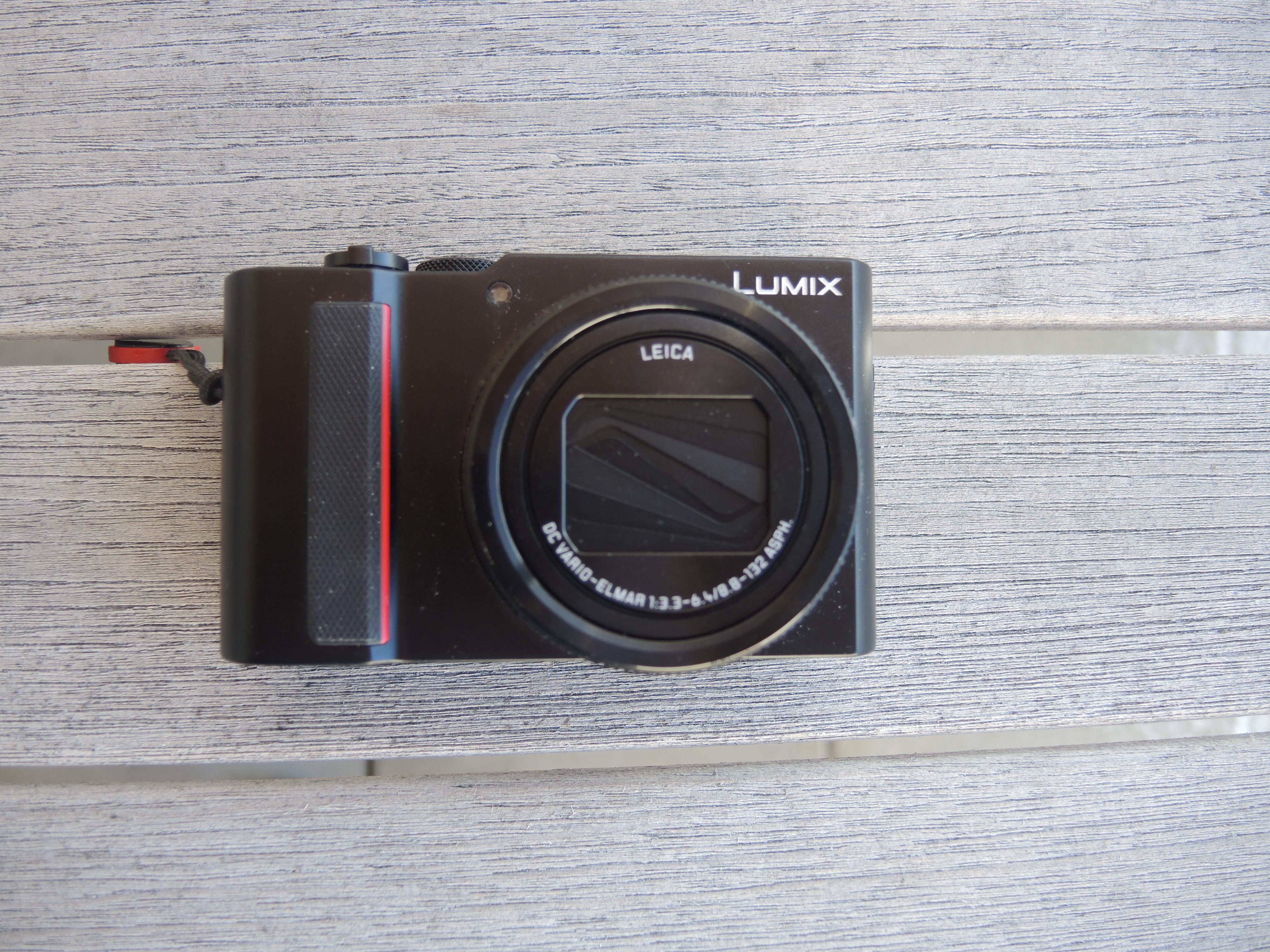 Lumix TZ-202