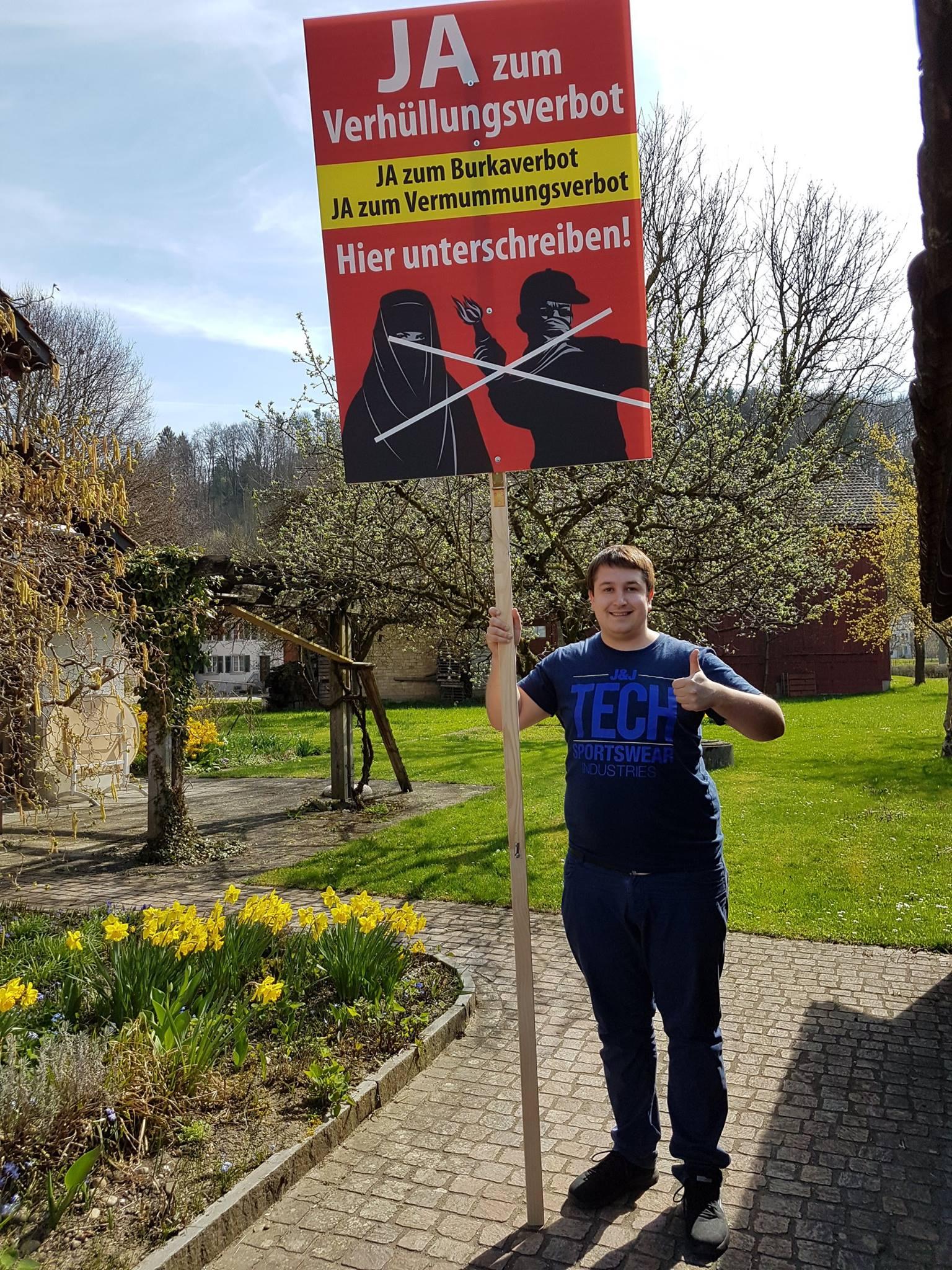 Auf dem Bild: Anian Liebrand, Mitglied des Initiativkomitees «Ja zum Verhüllungsverbot»