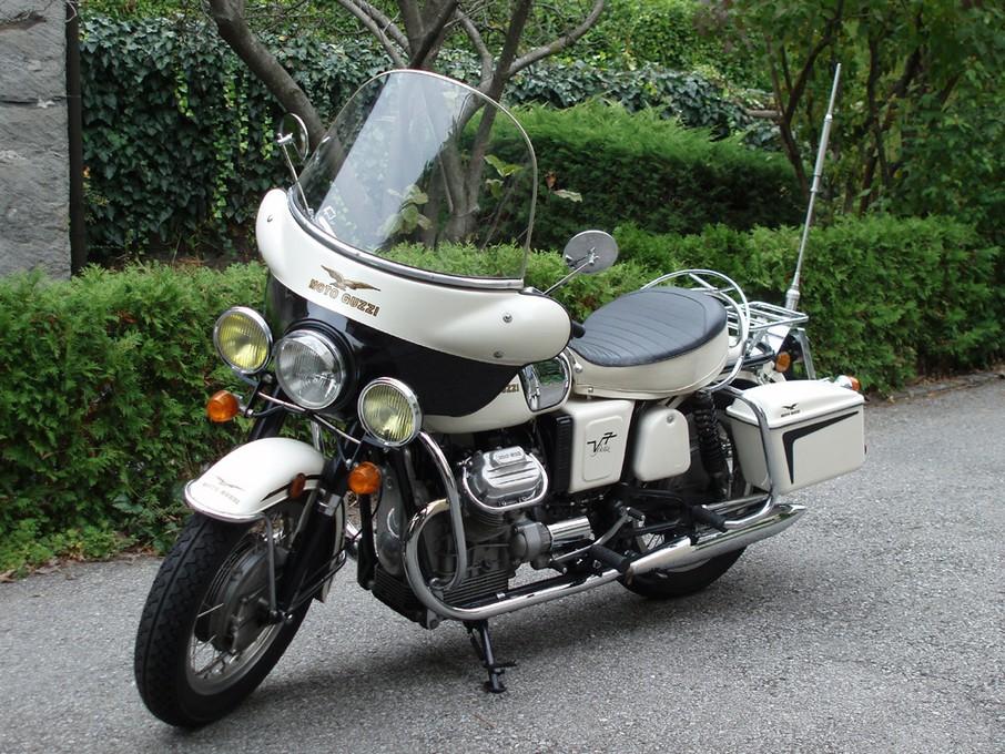 Guzzi V7 ex Polizia Comunale Lugano