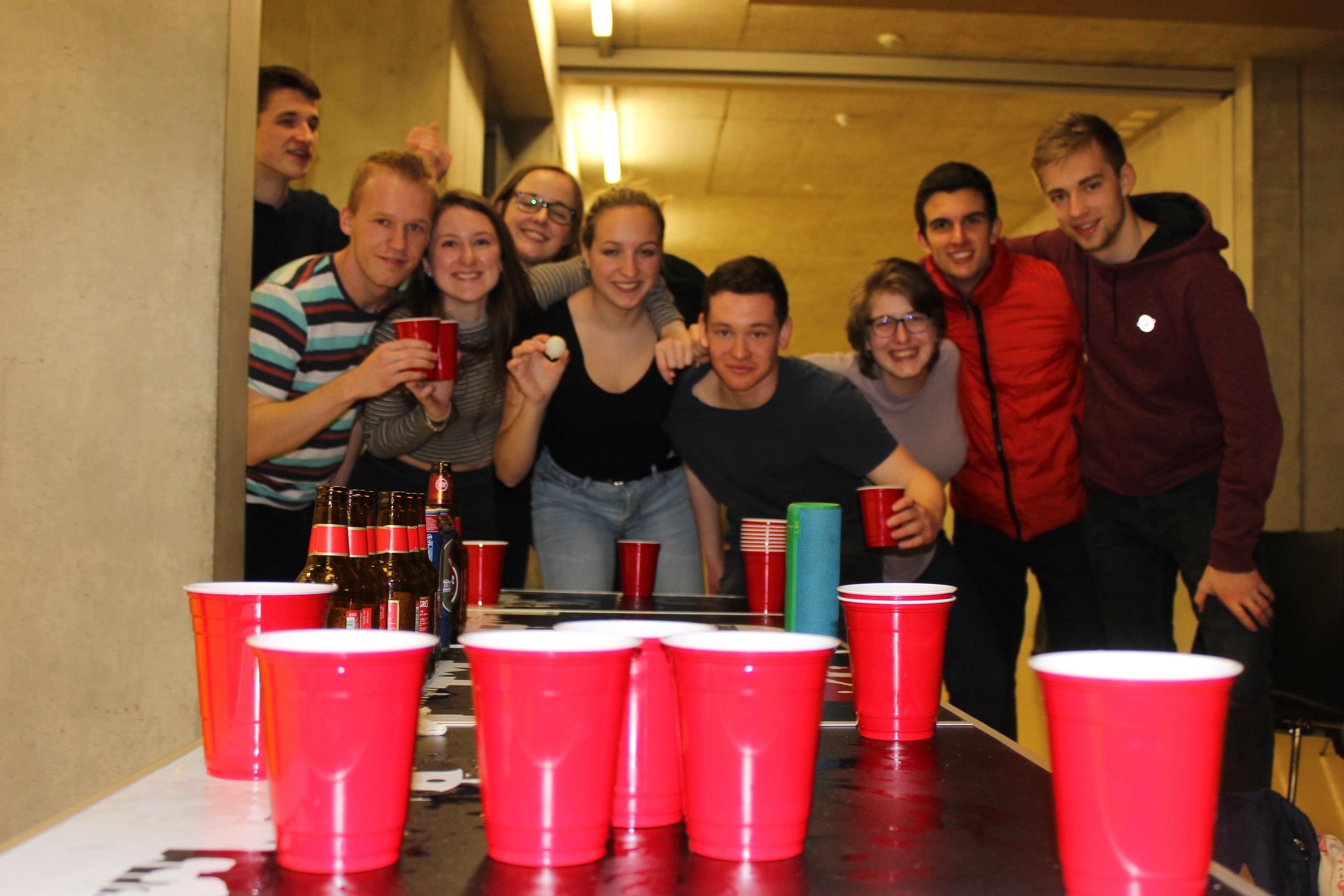 Beerpong-Crew :-)
