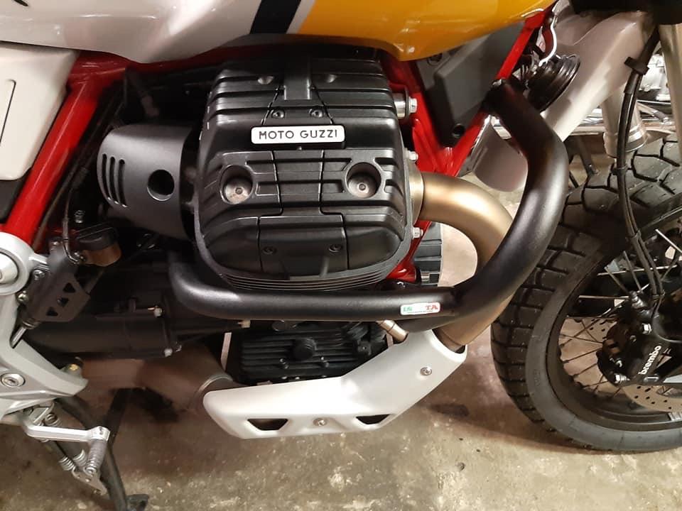 Isotta crash bar - Guzzi V85