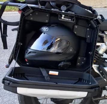 Right Urban-box with stored integral helmet - Guzzi V85 TT